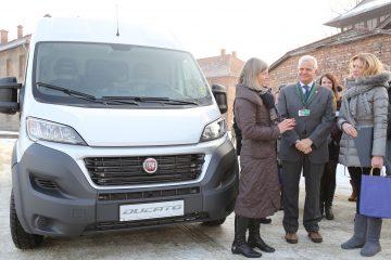 Nel giorno della memoria, Fiat Professional consegna Ducato Museo di Auschwitz-Birkenau