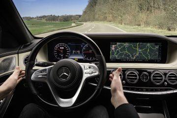 Sistemi di assistenza alla guida Mercedes: un nuovo passo avanti su Classe S