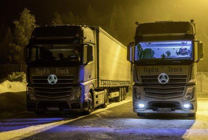 Mercedes porta vantaggi per autisti con luce diurna artificiale nella cabina di guida