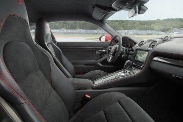 Interni in Alcantara per la Porsche 718 GTS