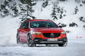 Nuova Insignia Tourer Ammiraglia di Opel
