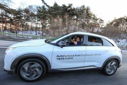 Una flotta di Fuel Cell by Hyundai a guida autonoma