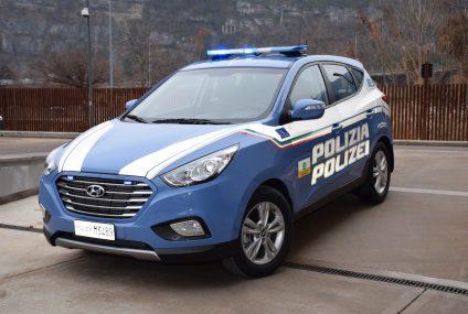 A 22 Brennero consegna Hyundai ix35 Fuel Cell a Polstrada