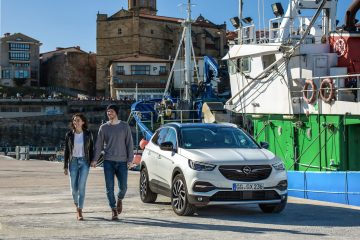 SUV o Crossover? Opel risponde Grandland X