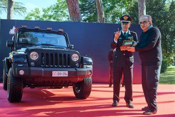Arma Carabinieri arriva Jeep Wrangler in livrea