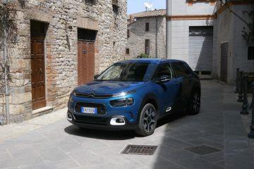 Nuova Citroën C4 Cactus tra i borghi dell'Umbria