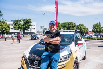 Elettrica e indomabile Nissan LEAF da Polonia al Giappone